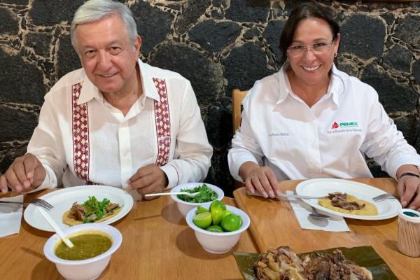 El presidente estuvo acompañado por la secretaria de Energía (Sener) Rocío Nahle. Foto: @lopezobrador_