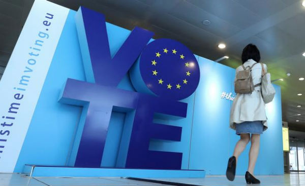 La participación en las elecciones a la Eurocámara registró su mayor tasa en 20 años. FOTO: REUTERS
