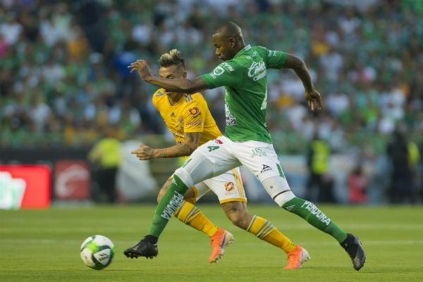 León lucha desde el inicio del segundo tiempo para igualar el marcador. FOTO: MEXSPORT