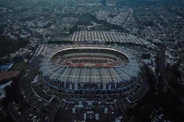 Estadio azteca nuevo césped natural 2019