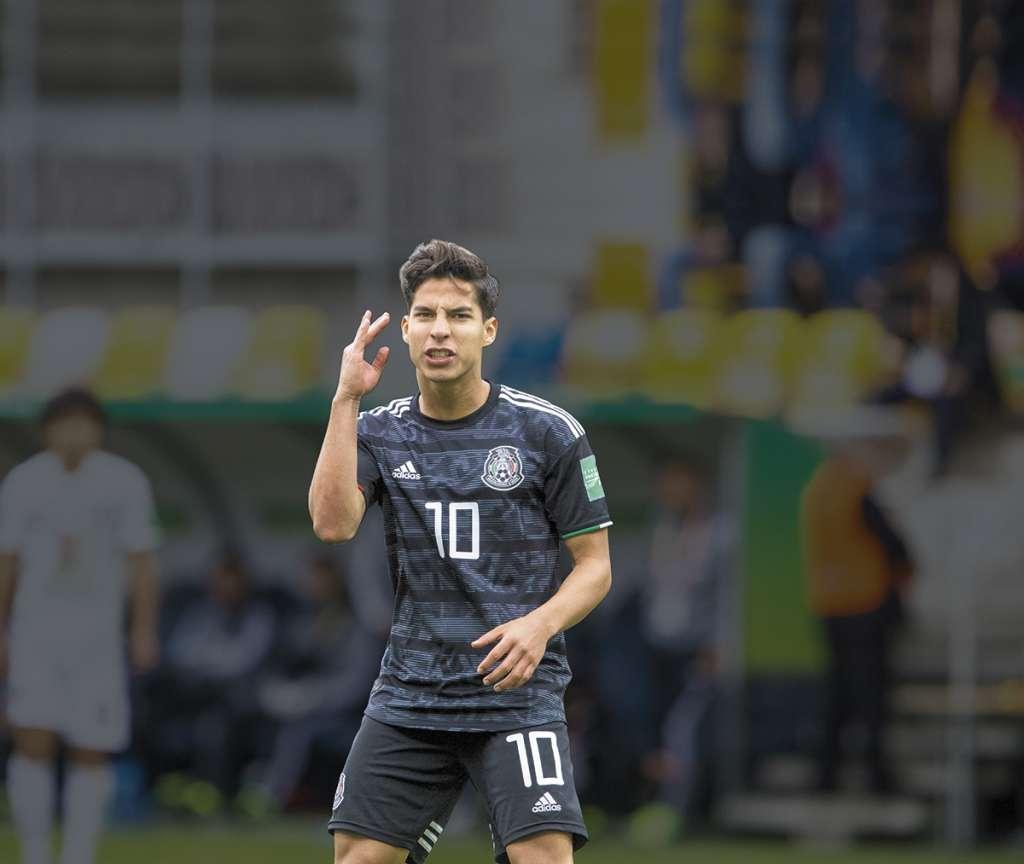 Ecuador podría también clasificarse como segundo lugar del grupo, si le gana a México y Japón cae frente a Italia, ya clasificada.FOTO: ESPECIAL