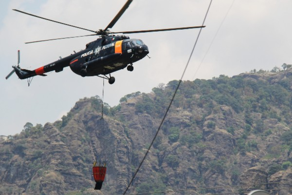 helicóptero semar corrido