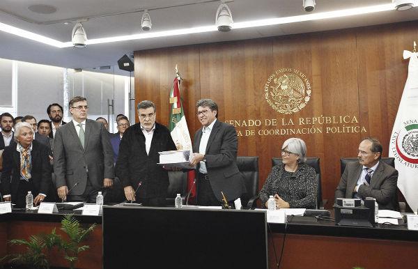 El Senado recibió los documentos del tratado de libre comercio para su aprobación. Foto: CUARTOSCURO