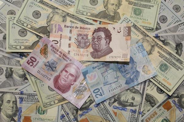 dolar-Pesos-tipo-de-cambio-aranceles