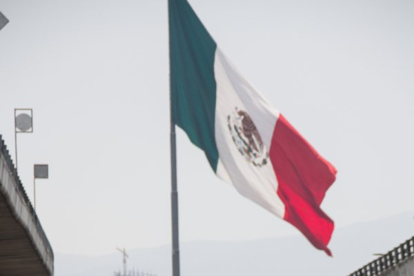 AMLO Economía México HR Ratings