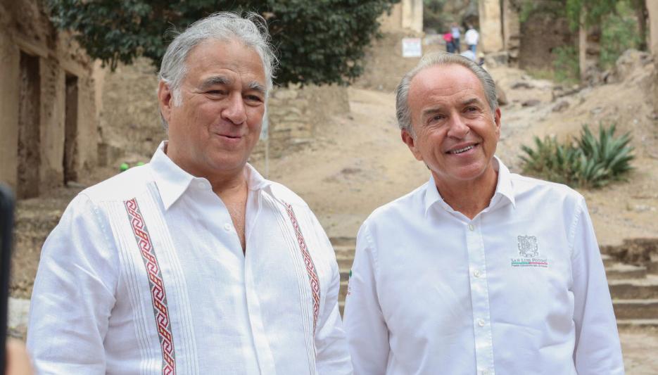 El gobernador Juan Manuel Carreras acompañó en su gira de trabajo por San Luis Potosí al titular de Sectur, Miguel Torruco.FOTO: ESPECIAL