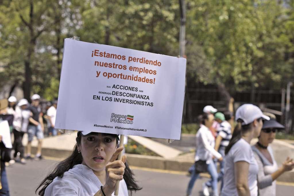 PROTESTA. En la CDMX se manifestaron más de 15 mil personas. Foto: Notimex