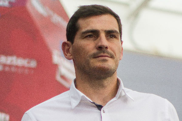 Iker Casillas, exportero  de la selección española, sufrió  un infarto. Foto:Cuartoscuro