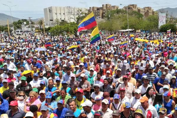 El líder opositor Juan Guaidó, pide continuar con la ejecución de la Operación Libertad. Foto: De Twitter @jguaido