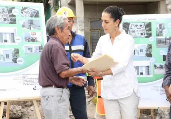 Sheinbaum argumentó que el trabajo de reconstrucción ha sido tardado debido que no existía un censo que especificara los inmuebles dañados principalmente en Tláhuac, Xochimilco e Iztapalapa. FOTO: ESPECIAL