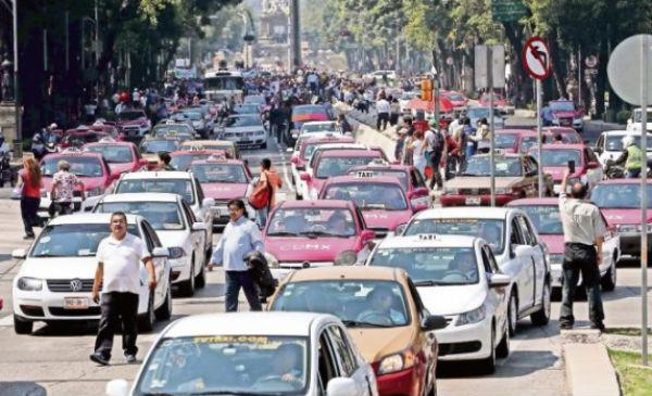 Se han sostenido más de 152 reuniones con grupos taxistas durante mayo, con la intención de dialogar y colaborar en soluciones. FOTO: ESPECIAL