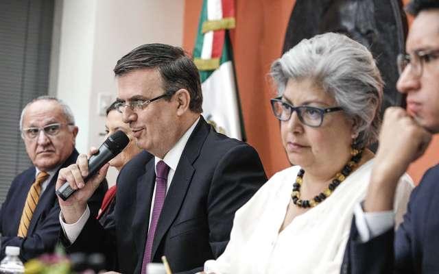 Una delegación de funcionarios mexicanos, encabezada por el canciller Marcelo Ebrard, trabaja en Washington. FOTO: ESPECIAL