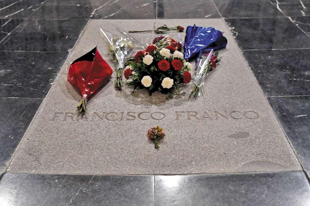 Franco fue enterrado en la basílica del Valle de los Caídos, a 50 kilómetros de Madrid.FOTO: ESPECIAL