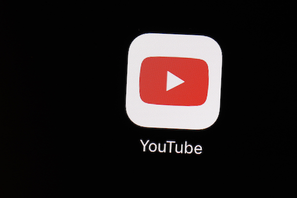 YouTube videos discriminación racismo