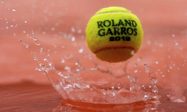 El actual director del Roland Garros, Guy Forget, expresó que el mal tiempo podría reaparecer el viernes. FOTO: @ATP_Tour
