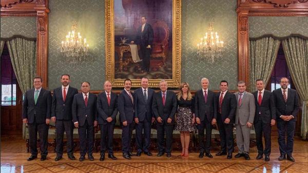 Los mandatarios priistas se reunieron con el Presidente López Obrador en Palacio Nacional. FOTO: ESPECIAL