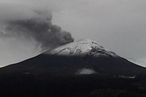 Volcan-Popocatepetl-exhalaciones-6-de-junio