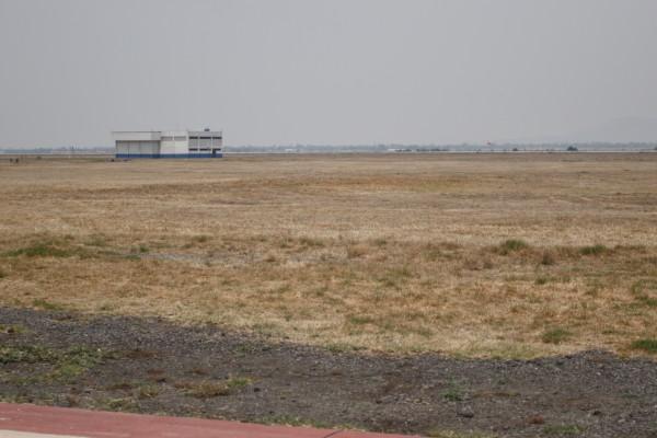 suspenden aeropuerto de santa lucia