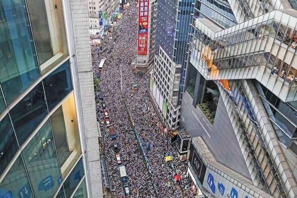 China invierte en la compra de acciones de empresas latinoamericanas. Foto: AFP