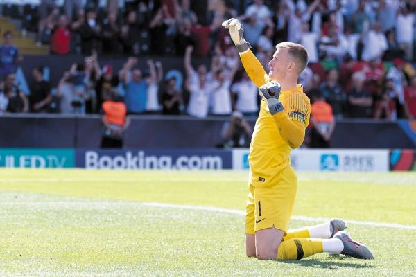 El portero inglés del Everton se convirtió en el héroe del encuentro. Foto: EFE