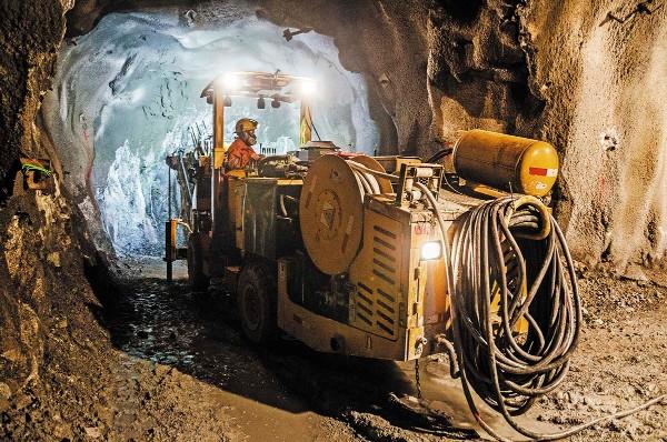 La minera canadiense Almaden Minerals ha invertido 40 mdd, en Puebla, en investigación. Foto: Especial