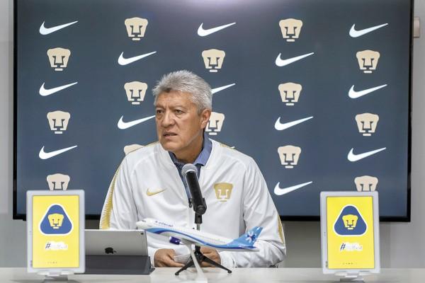 Jesús Ramírez, presidente deportivo de Pumas, descartó la baja de Alfredo Saldívar. Foto: MEXSPORT