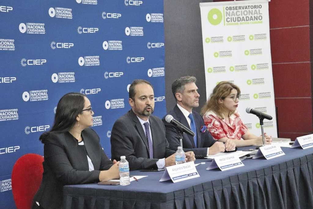 Francisco Rivas y su equipo presentaron el informe sobre gasto en seguridad.FOTO: ESPECIAL
