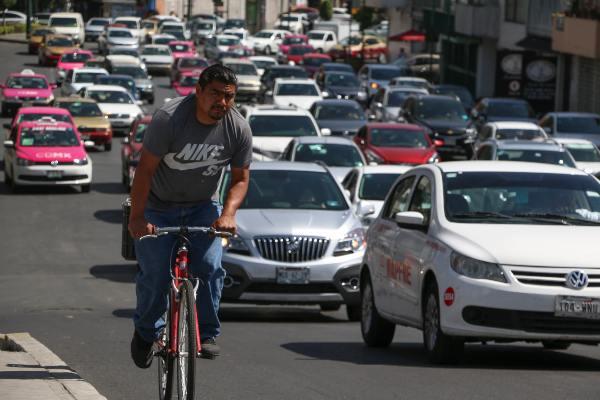 La restricción vehicular está vigente desde las 5:00 horas y concluye a las 22:00 horas. Foto: Archivo | Cuartoscuro