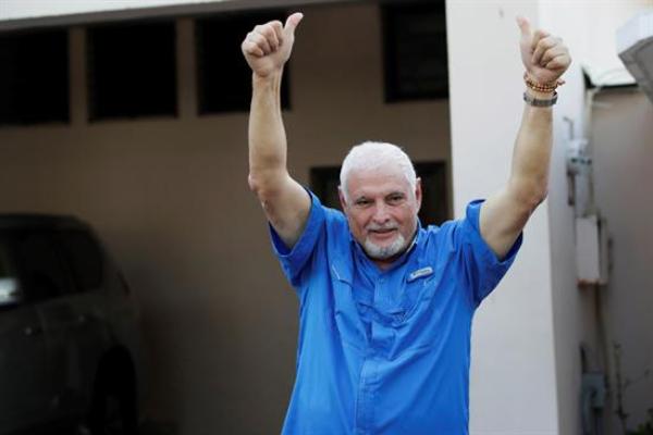 Tribunal de Panamá ordena la excarcelación de Martinelli tras un año preso