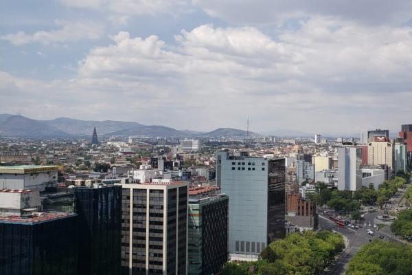 Las autoridades recomendaron limitar los esfuerzos prolongados al aire libre. Foto: Luis Hernández