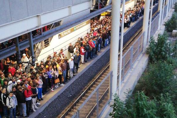 Linea-12-Metro-STC-retrasos