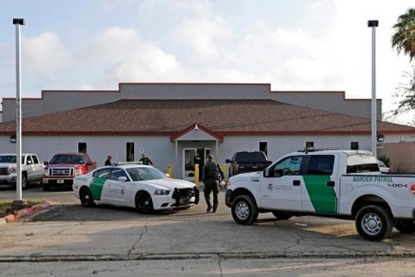 Frye y otros activistas dicen que el caso deja ver las malas condiciones en las que son detenidos los inmigrantes tras cruzar la frontera