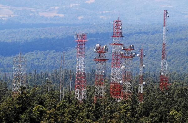 Los servicios de telecomunicaciones son necesarios para el desarrollo del país. Foto: Cuartoscuro