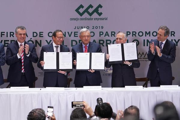 Acuerdo-empresarios-AMLO-inversion-CCE-Carlos-Salazar