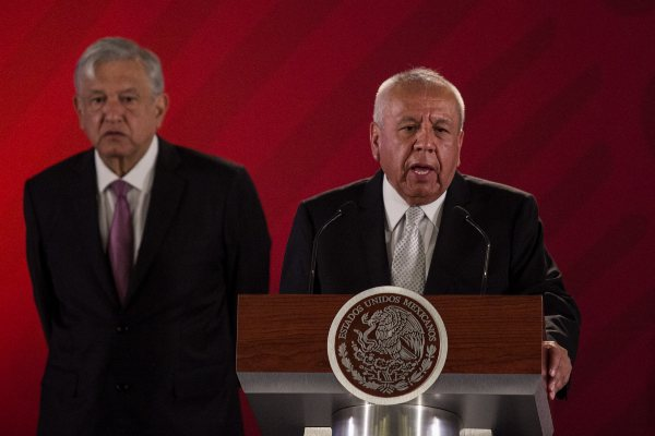 Francisco Garduño INM Andrés Manuel López Obrador