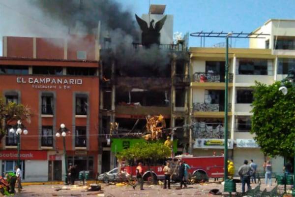 Protección Civil del estado de Jalisco labora en el lugar de los hechos. Foto: Especial.