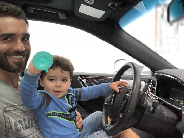 Marcus Ornellas Con su hijo Diego es el más cariñoso, pero también le exige. Foto: Especial