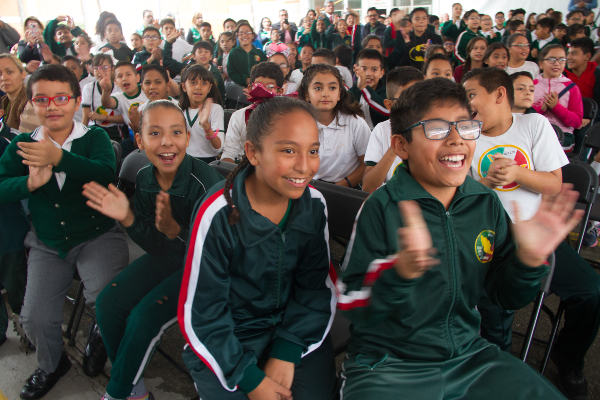 Sindicatos educativos piden más aulas para niños