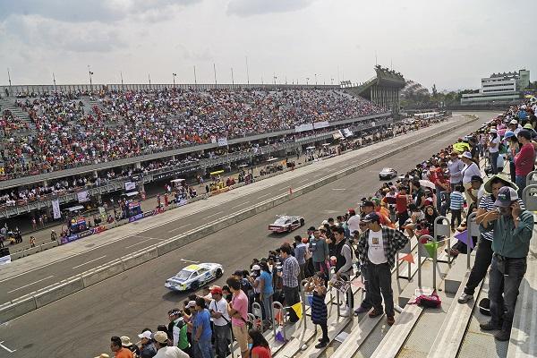 México se compromete a motivar la inversión en la creación de más pistas para realizar carreras de autos en distintas ciudades de la República. Foto: Cuartoscuro