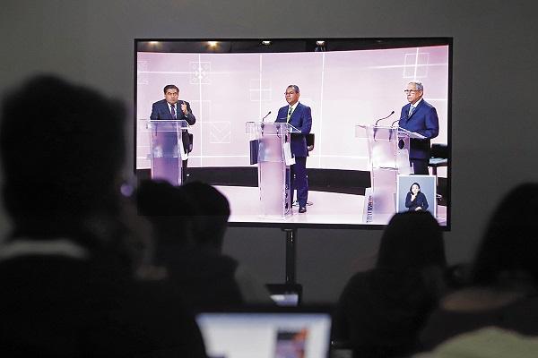 BITÁCORA. El encuentro se realizó el 19 de mayo, 14 días antes de la elección. Foto: Cuartoscuro