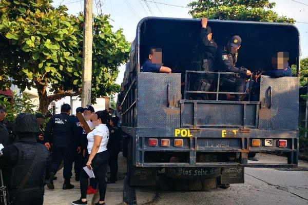 Quedaron a disposición de la Fiscalía del estado. Foto: Especial.