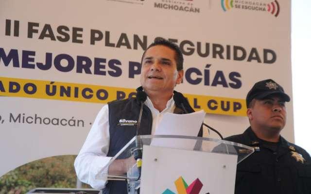 Aureoles aseguró que se tiene detectado el tránsito de delincuentes provenientes del Estado de México, por lo que dijo que no se bajará la guardia para brindar seguridad en todas las regiones. Foto: Especial