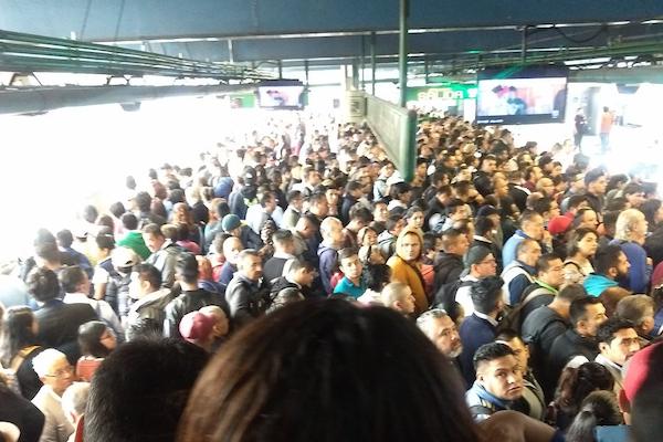 Retrasos-en-el-Metro-Línea-3-A-8