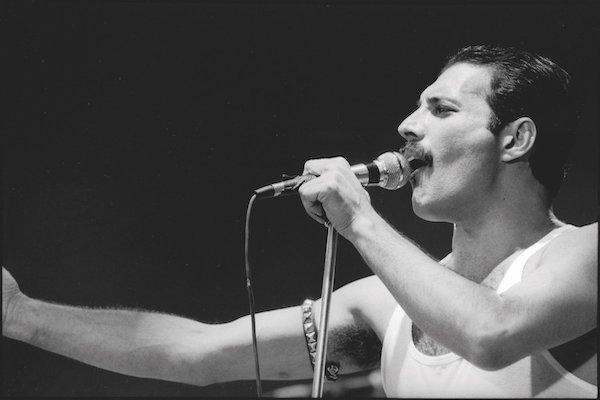 Freddie-Mercury-nueva-cancion-Time-Waits-for-No-One