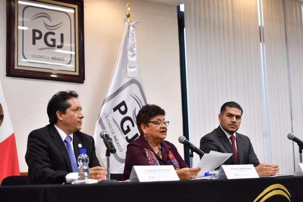 La relatoría fue presentada por el subprocurador, Rodrigo De la Riva, Ernestina Godoy y el Jefe General de la Policía de Investigación, Omar García Harfuch. Foto: Pablo Salazar Solís