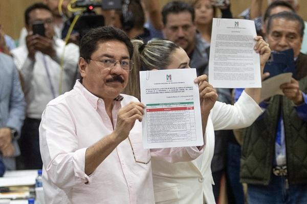 Ulises Ruiz, ex gobernador de Oaxaca, registró la fórmula para contender por la dirigencia nacional del PRI. Foto: Cuartoscuro