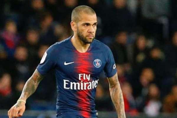 Con el París Saint-Germain, Alves ganó cinco títulos. Foto: Instagram