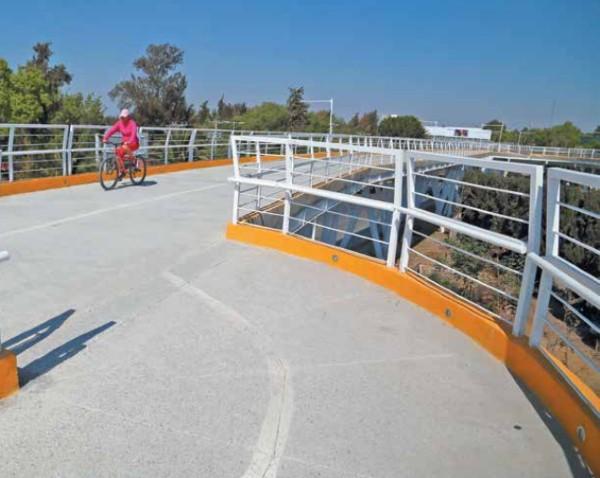 GASTO. La inversión en infraestructura ciclista es de más de 800 mdp. Foto: Enfoque