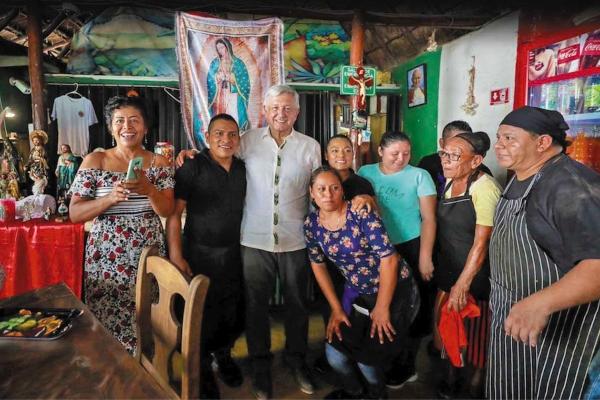 López Obrador considera que el sur-sureste ha estado en abandono. Foto: Especial