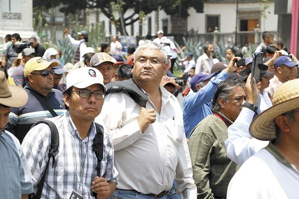 CASI. Enrique Enríquez (centro) confía en que el miércoles sus demandas serán atendidas por el Presidente. Foto: Cuartoscuro